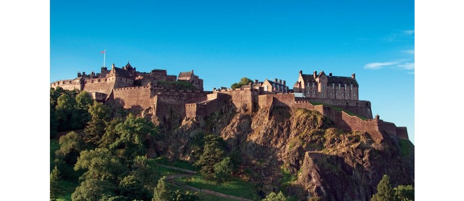 Edinburgh with Qatar Airways