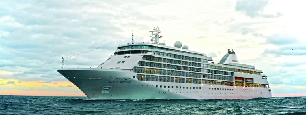 Cruise Tahiti & the South Pacific in Luxury